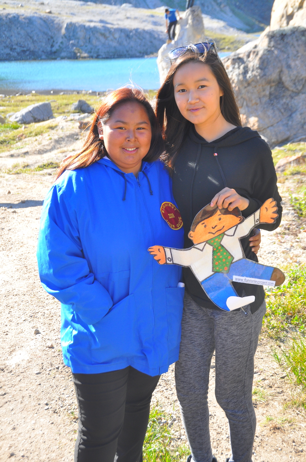 FS Inuit girls